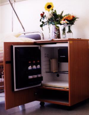 Kuhlschrank wohnzimmer thomas s chichester blog for Kühlschrank abschlie bar
